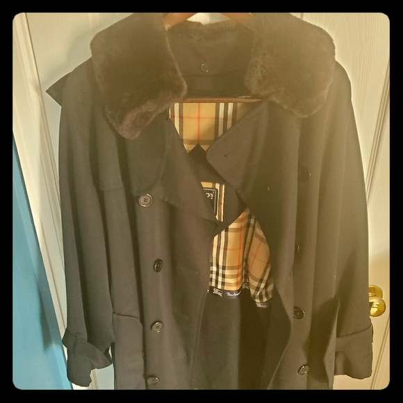 Great Condition Burberry Coat with Beaver Fur